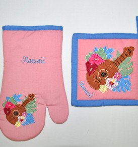 Quilted Potholder Set – Ukulele Pink