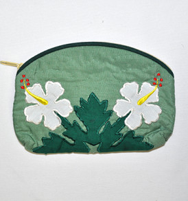 Quilted Pouch (Small) – Aiea Green